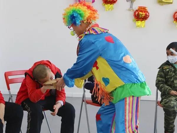 91科技集团联合儿童舒缓治疗活动中心举办新春联欢活动:关爱儿童 践行社会责任6.jpg